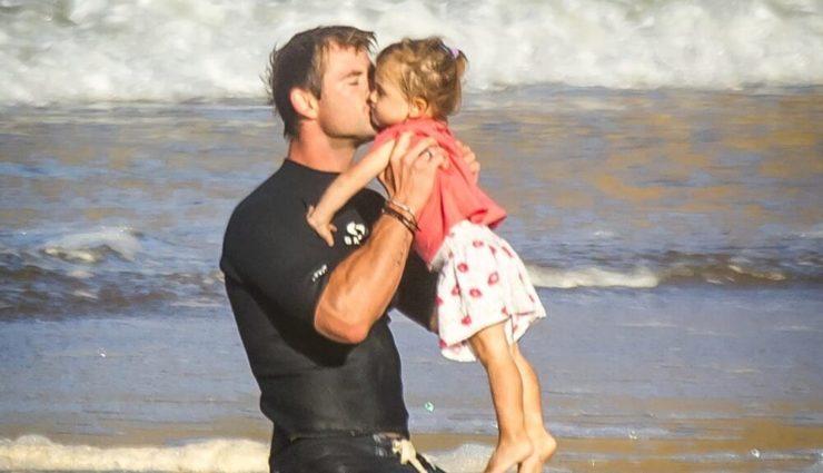 Hollywood'un Kalpleri Eriten Babası: Chris Hemsworth