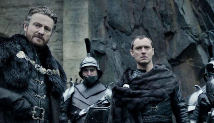 Kral Arthur : Kılıç Efsanesi'nden Özel Fragman Yayımlandı