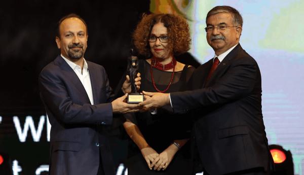 Altın Portakallı Yönetmen En iyi Yabancı Film Oscar'ını Kazandı