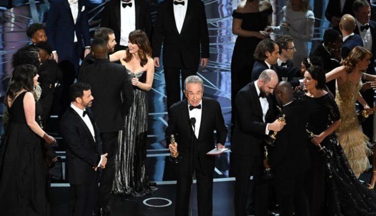 Oscar'da En İyi Film Ödülü Yanlış Takdim Edildi, Dikkatler Filmler Yerine Olaya Çevrildi