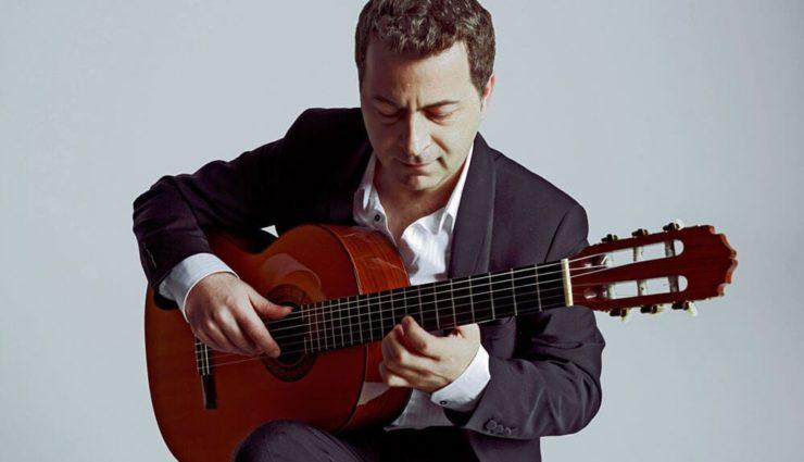 Sinan Erşahin Gitar Tutkunları İçin Sahnede
