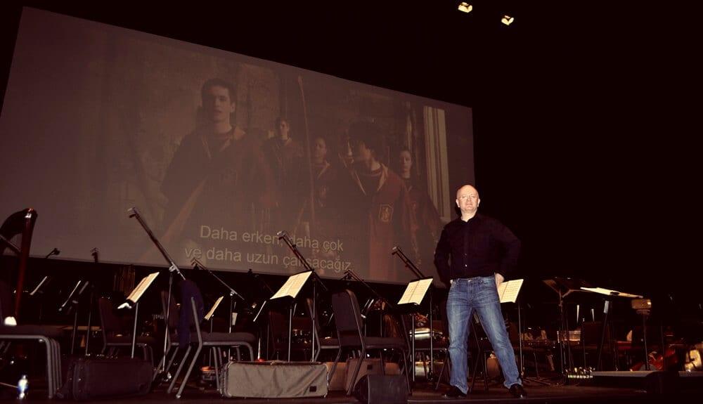 Röportaj: Gerçek Bir Harry Potter Fanı, Hem de Film Konserini Yönetiyor!