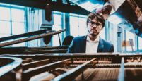 Fransız Piyanist Lucas Debargue İş Sanat'ta